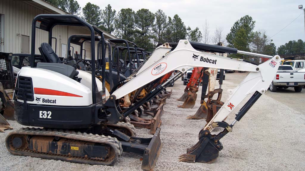 Bobcat E32 Excavator – Ocmulgee Raleigh