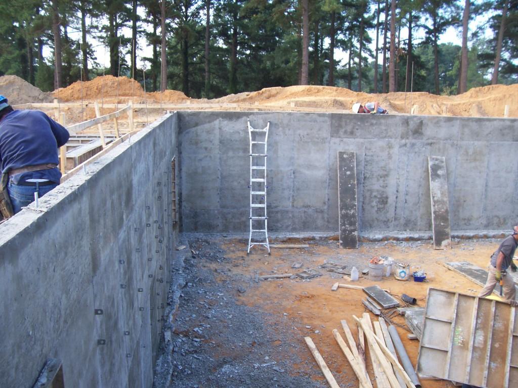 How to build concrete basement walls home desain 2018 for Precast basement walls vs poured