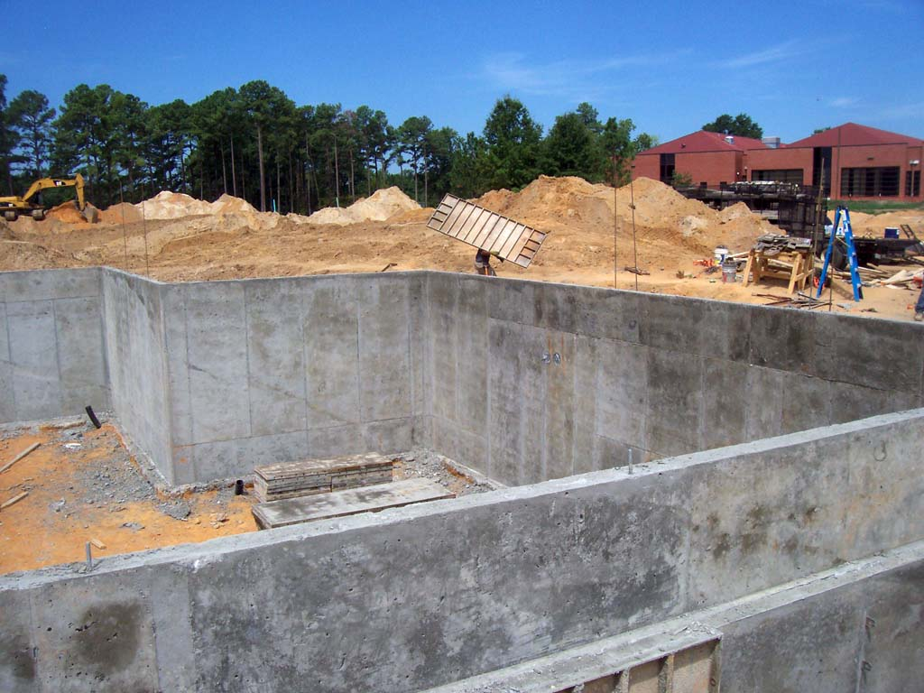 concrete-basement-walls-4