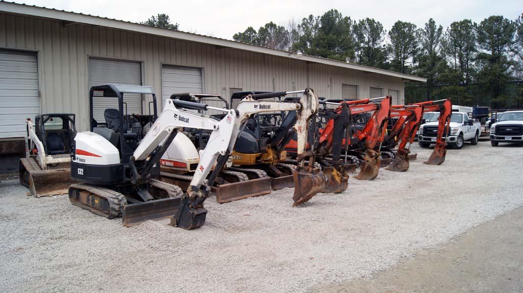 Excavator Fleet – Ocmulgee Concrete Raleigh NC